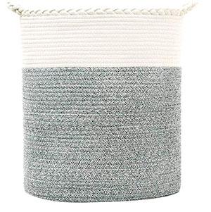 Cesto de tela gris para ropa sucia
