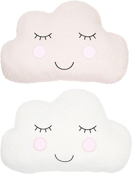 Dos cojines en forma de nubes