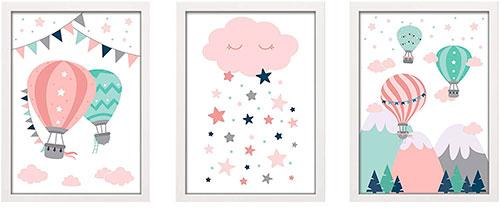 Composición de color rosa y turquesa con dibujos de globos y nubes
