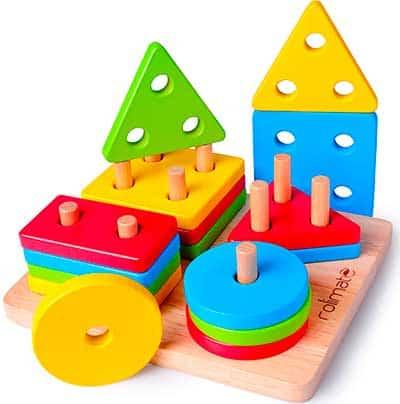 Encaje de madera con palitos de diferentes cantidades
