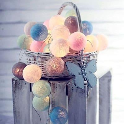 Tira de bolas con luz en colores pastel