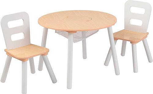 mesa circular redonda con sillas para niños