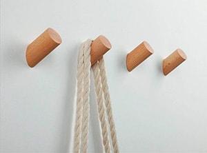 Colgador minimalista cilindros de madera