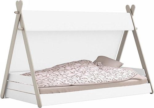 cama Montessori con forma de tipi con un lado de tela