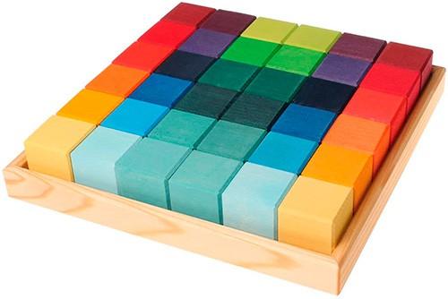 cubos de madera de colores